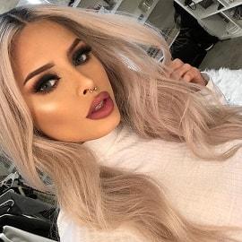 Бьюти-блогерша Изабель