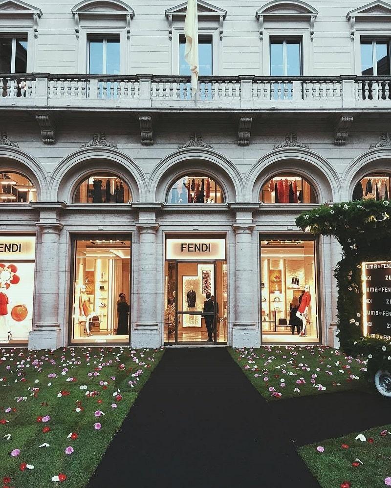 Римский магазин-бутик Fendi